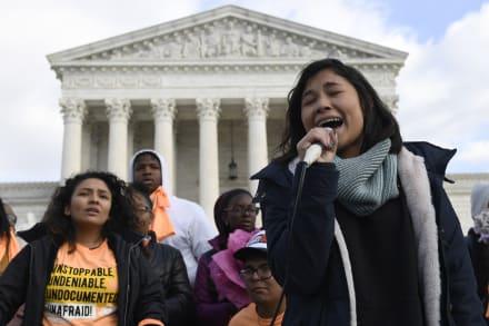 Día trascendental para inmigrantes: Corte revisará el martes plan de Trump para acabar con DACA