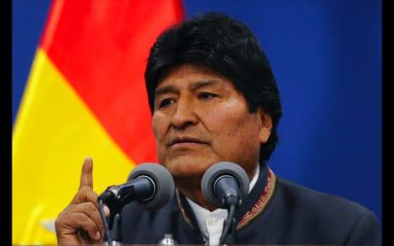 México ofrece asilo a Evo Morales y políticos van a embajada en Bolivia