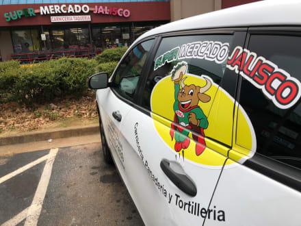 ICE arresta hispanos en cadena de supermercados