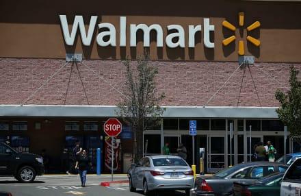 Donación anónima paga $70 mil en compras de clientes en Walmart