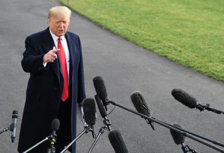Trump dice en Florida que el juicio político ha disparado su nivel de popularidad