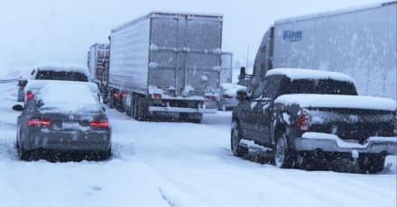 California: Potente tormenta golpea el sur del estado con lluvia y nieve