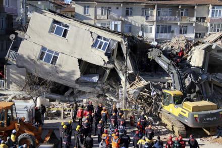 Sismo en Turquía: Cifra de muertos sube a 21 y hay más de mil heridos