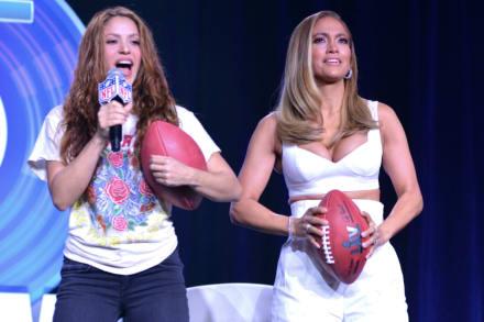 LA CHACHA (3 de Febrero): ¿Quién ganó? Tenemos las pruebas de lo que en 'verdad pasó' entre JLo y Shakira en el Super Bowl (VIDEOS)