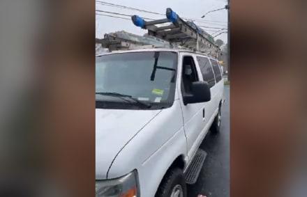 Condado de DeKalb: Cinco camionetas repletas de indocumentados intervenidas por ICE