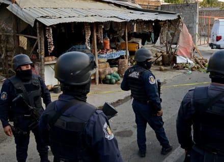 CJNG amenaza a la Familia Michoacana y dice que hará pedacitos a policías y taxistas que apoyen a sus rivales