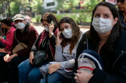 Abren centro de llamadas de emergencia para mexicanos en Los Ángeles