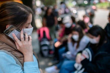 Los Ángeles y otras ciudades de California comienzan uso obligatorio de mascarillas