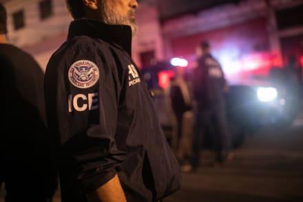 """Destruyen oficina de ICE en Atlanta en violenta protesta: """"Sin fronteras"""""""