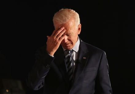 Una exempleada acusa a Joe Biden de haberla agredido sexualmente