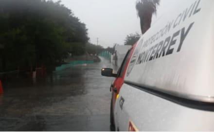 Granizo y hasta un tornado dejan destrozo en estado mexicano de Nuevo León