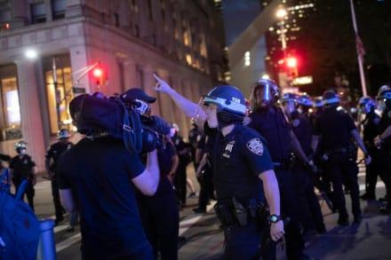 Tras asesinato de Floyd, Nueva York propone nuevas leyes contra abusos policiales