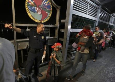 EE.UU. propone negar asilo a gente de países con enfermedades