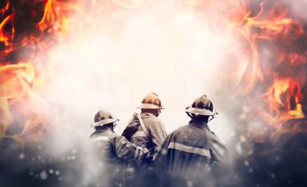 Tragedia en Francia: 22 heridos y al menos 2,700 evacuados por incendio