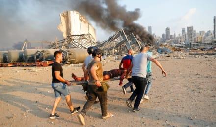 Bomberos intentaron abrir almacén en Beirut justo antes de la explosión (FOTOS)