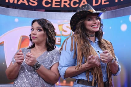 ¿Enojada con Telemundo? Adamari López 'alza la voz' en mensaje tras despido de Rashel Díaz (FOTOS)
