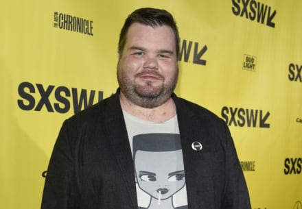 Actor Ash Christian muere a sus 35 años mientras dormía durante vacaciones en México