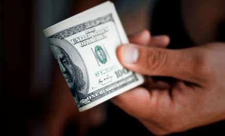 3 estados comenzarán a pagar $400 adicionales en beneficios de desempleo semanales