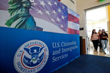 USCIS cancela despidos, pero aún tiene malas noticias para inmigrantes