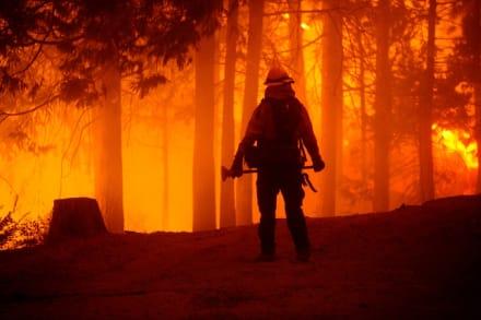 California: Gobernador declara emergencia por incendios