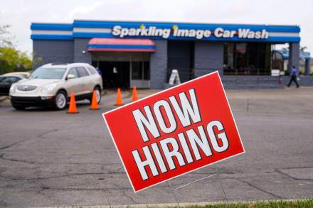 Termina la ayuda de $300 por desempleo en EE.UU.