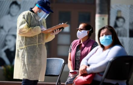 El Gobernador de Missouri, que criticó que la mascarilla sea obligatoria, tiene coronavirus (VIDEO)