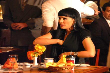 Maribel Guardia presume su sexy 'ratón' en su cuerpo lleno de curvas (FOTO)