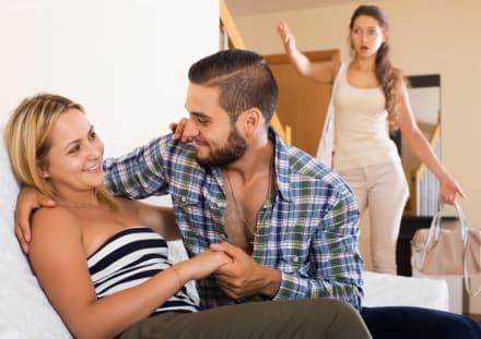 Mujer organiza fiesta para destapar infidelidad de su novio y su mejor amiga