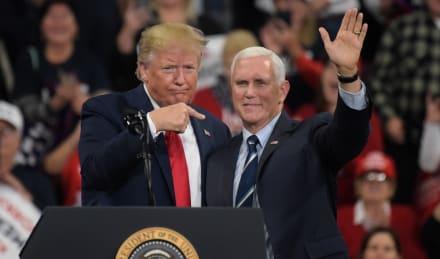 Descartan transferencia de poder a Pence por la convalecencia de Trump