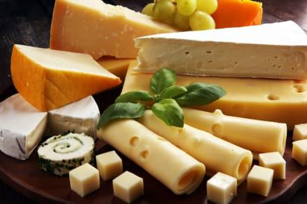 La Secretaría de Economía ordena frenar la venta de quesos
