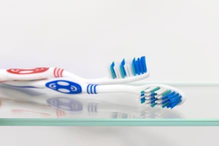 Se tragó un cepillo de dientes y los médicos tuvieron que retirarlo en operación