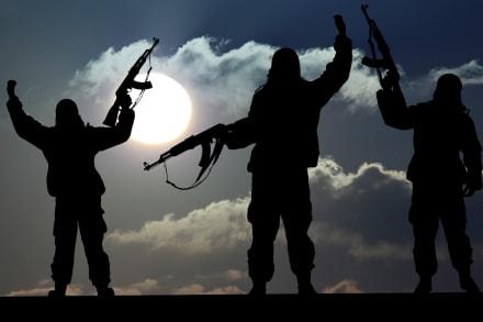 Pompeo: EE.UU. amenaza con sancionar a quienes hagan transacciones de armas con Irán