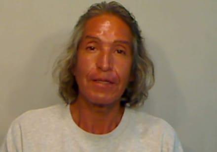 Florida: Arrestan a hombre por darle golpiza a compañero por tener un ratón muerto en el refrigerador