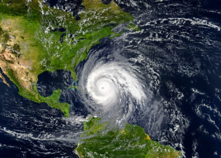 ¡Otra amenaza para EE.UU! Tormenta tropical Epsilon podría convertirse en huracán