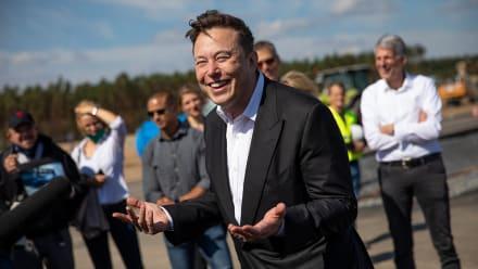 Elon Musk ofrecera servicio de internet de alta velocidad con sus satélites