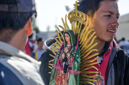 """Virgen de Guadalupe está de """"malas"""": Le encuentran metanfetaminas y le cancelan las """"Mañanitas"""""""