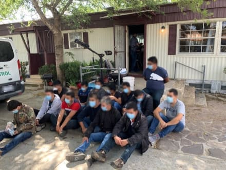 Texas: La Patrulla Fronteriza captura a decenas de indocumentados en Laredo