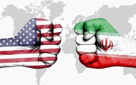 Máximo líder de Irán y 'enemigo' de Trump se burla del sistema electoral de Estados Unidos