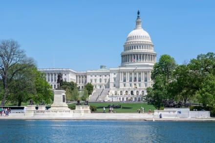 Con victoria de Jimmy Gómez legisladores latinos hacen historia con 42 puestos en el Congreso