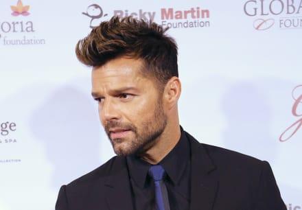 ¡Con pistola en mano! Aseguran que Ricky Martin le huyó a Enrique Guzmán 'por culpa' de Alejandra Guzmán