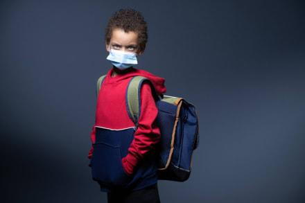 Un millón de niños y adolescentes fueron diagnosticados con COVID-19 en EEUU