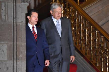Enrique Peña Nieto reaparece en Twitter para enviar condolencias a AMLO