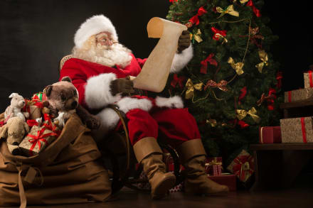 Autoridades de Los Ángeles alertan sobre estafa con mecánica de cartas para Santa Claus