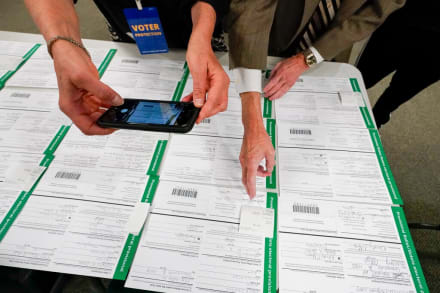 Pensilvania rechaza apelación de republicanos por certificar disputas de boletas (FOTO)