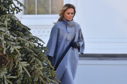 Melania revela la decoración navideña de la Casa Blanca, pero usuarios la vuelven a criticar