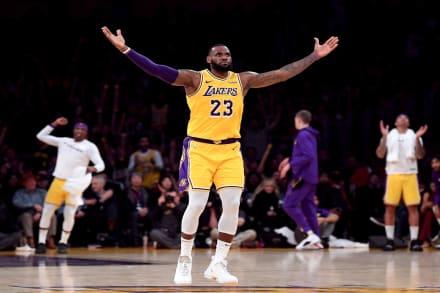 Lebron James firma extensión de contrato con Los Ángeles Lakers