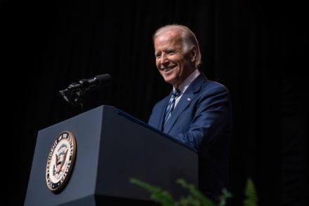 Otro golpe para Trump, encuesta señala que Joe Biden es más popular que el actual presidente (FOTO)