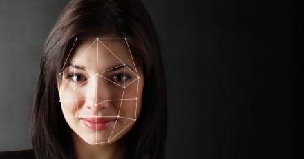 Escuelas adoptan reconocimiento facial para evitar COVID