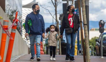 Coronavirus: California rompe 3 récords en un día tras repunte de casos
