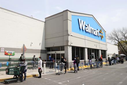 Reportan 23 empleados enfermos de coronavirus en una tienda Walmart de Massachusetts